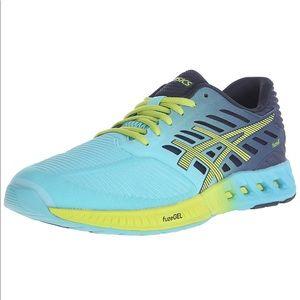 ASICS turquoise blue Fuze X running shoes 11.5